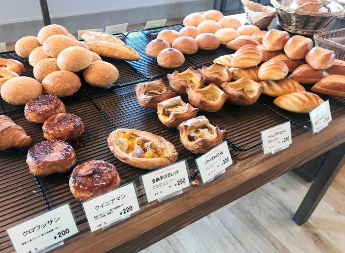 作っているパンの写真2